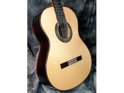 Alhambra 10p - классическая испанская гитара