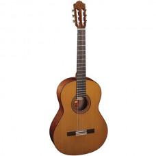 ALMANSA 424 Cedar - испанская классическая гитара
