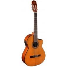 ADMIRA Juanita-EC Cutaway - Классическая гитара с подлючением