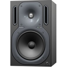 BEHRINGER B2031A - активный 2-х полосный студийный монитор