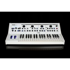 Moog Little Phatty Stage II White аналоговый синтезатор, 37кл